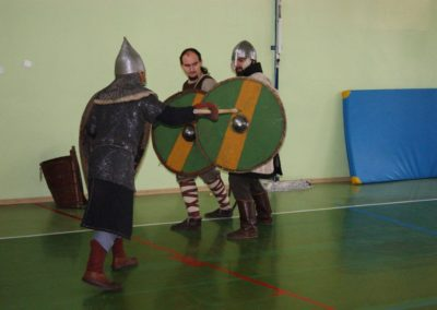 XIII wiek vs XI wiek